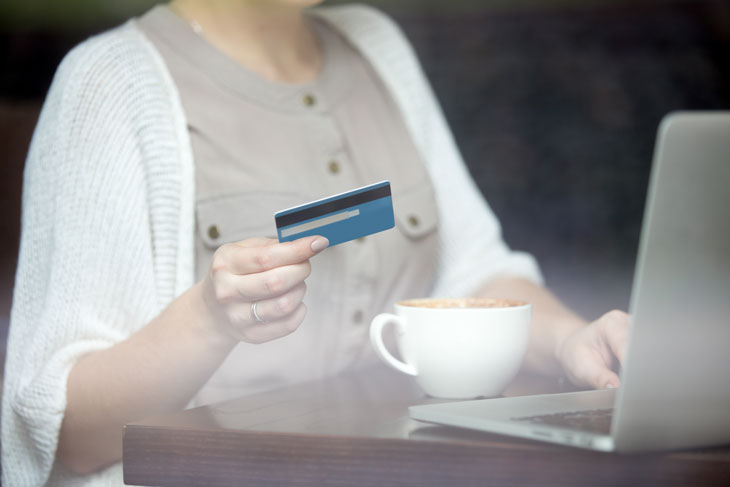 Avoid these credit card mistakes